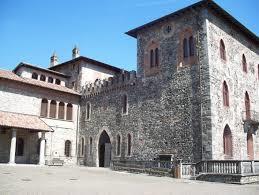 Erba e dintorni: castello di Monguzzo, Villincino, Lasnigo, Castelmarte